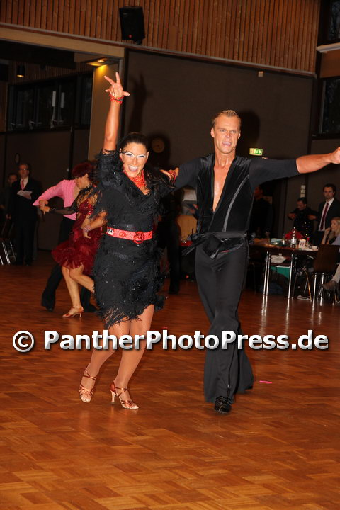 tanzclub gelb schwarz casino münchen